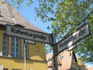 Straßennahemschild Rothenburg Ecke Waetzoldstraße